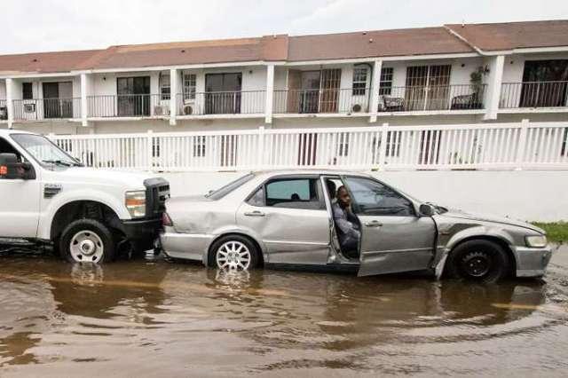 Des habitations sont innondées après le passage de l'ouragan Dorian, à Nassau (Bahamas), le 2 septembre.