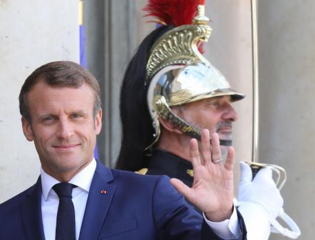 """Violences conjugales : une enquête ouverte après une """"défaillance"""" suivie en direct par Emmanuel Macron – franceinfo"""