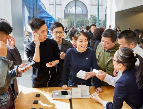 Apple Shares Photos of AirPods Pro Launch in Stores Around the World