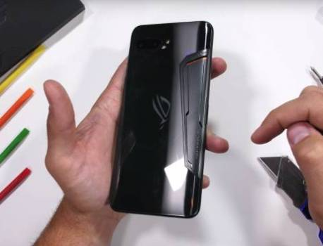 ASUS ROG Phone 2: See if the ultimate gaming phone survives