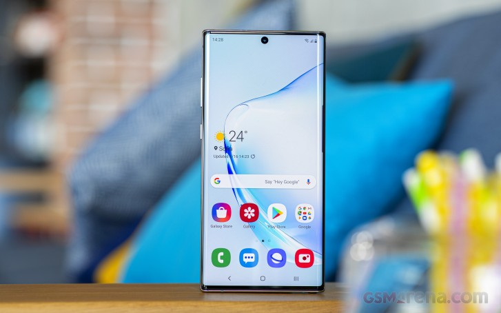 Deal: get $500 off the Galaxy Note10+ with trade-in, also free $200 credit or Galaxy Fit and Galaxy Buds