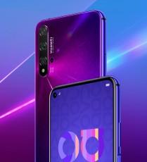 Huawei nova 5T in Crush Blue, Dark Black and Midsummer Purple