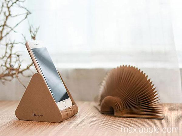 paper stand dock accordeon carton iphone ipad maxiapple 02 - Mini Dock Accordéon en Carton pour iPhone iPad (video)