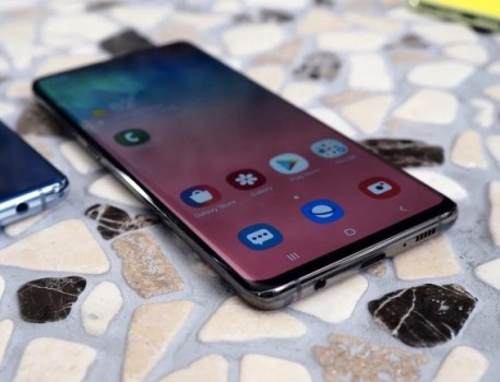 Samsung Galaxy S10 fingerprint recognition bug will be fixed soon