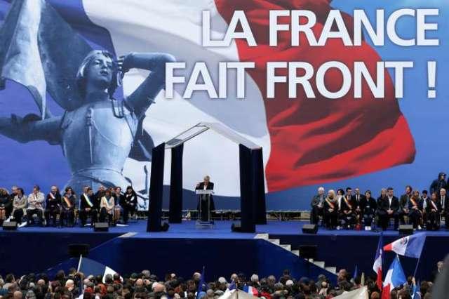 La présidente du Front national Marine Le Pen lors d'un rassemblement en hommage à Jeanne d'Arc, en mai 2015.