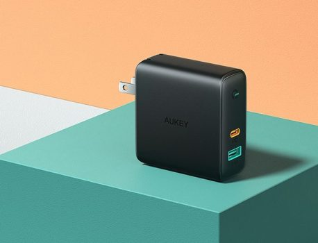 MacRumors Giveaway: Win a USB-C Charger and a USB-C to Lightning Cable From Aukey