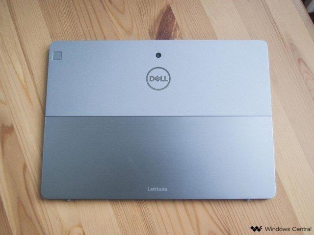 Dell Latitude 7200 2-in-1 back panel
