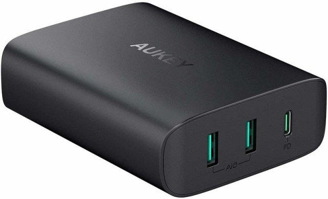 AUKEY USB-C Charger