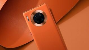 Huawei Mate 30 Pro 5G in Vegan Leather Orange color