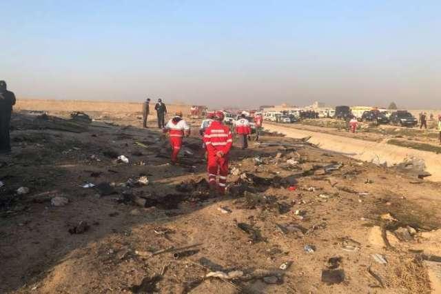 Des débris de l'avion d'Ukraine Airlines qui s'est écrasé, à la périphérie de Téhéran, le 8 janvier, tuant les 170 personnes à bord.
