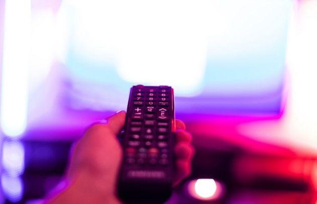 La chaîne KTO recommande aux abonnés SFR d'opter pour la concurrence