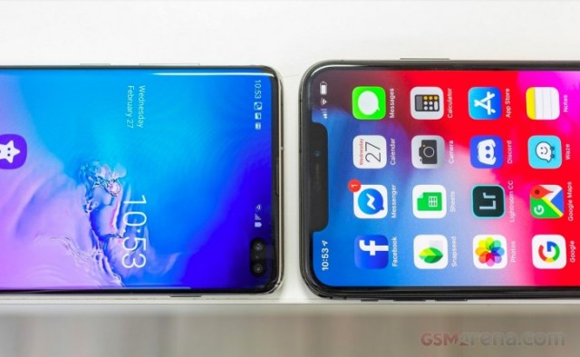 Samsung Galaxy S10+ and Apple iPhone XS Max