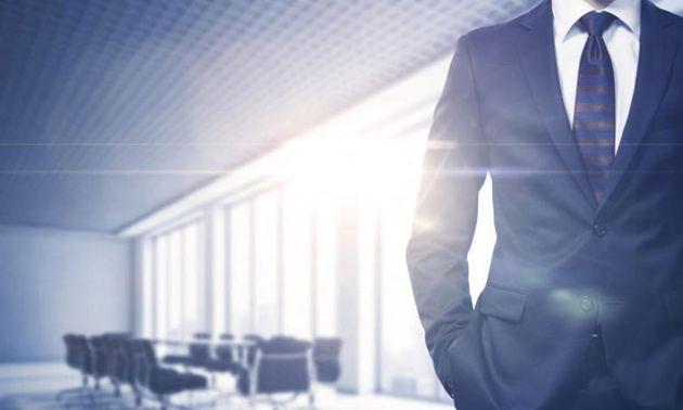 Un sondage Linkedin place l'IA et les compétences humaines comme priorités du leadership de la décennie