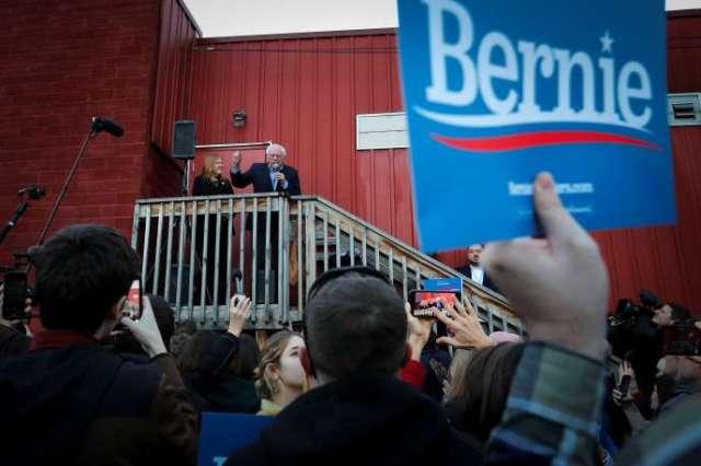Le candidat à l'investiture démocrate à la présidentielle Bernie Sanders, à Des Moines, dans l'Iowa, le 3 février.