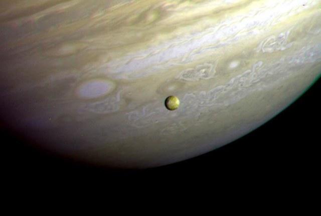 Io in front of Jupiter