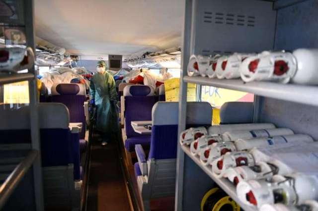 Deux TGV médicalisés ont évacué, 36 malades du Covid-19 du Grand Est vers la Nouvelle-Aquitaine, le 29 mars.