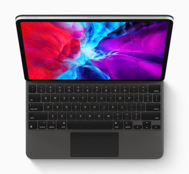 iPad Pro (2020) et clavier trackpad