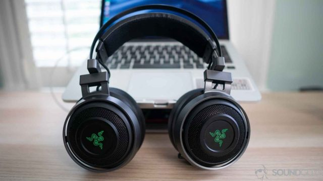 Gaming headset: The headband of the Razer Nari Ultimate is self-adjusting.