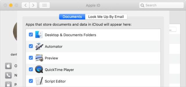 Desktop & Documents Folders option in iCloud Drive settings