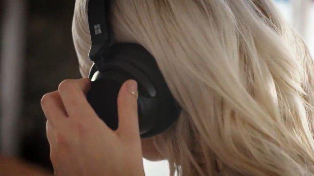 Surface Headphones Black