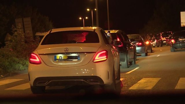 Les individus se sont déplacés en cortège de véhicules toute la soirée / © GT / FTV