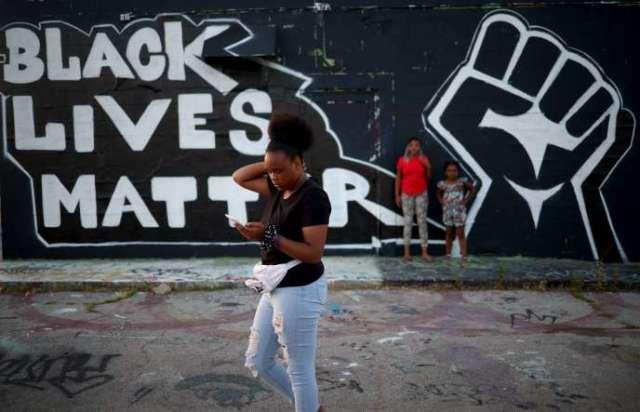 Un graffiti sur un mur de Tulsa, le 18 juin.