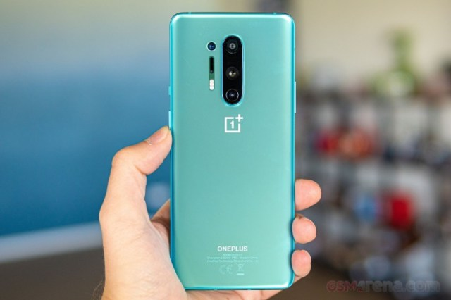 EMBARGO 05.06 OnePlus 8 Pro takes 10th place from Galaxy S20+ in DxOMark rankings