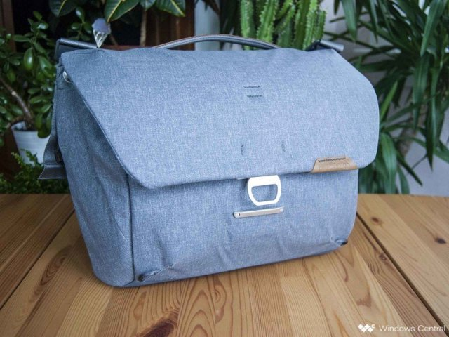 Peak Design Everyday Messenger 13L V2