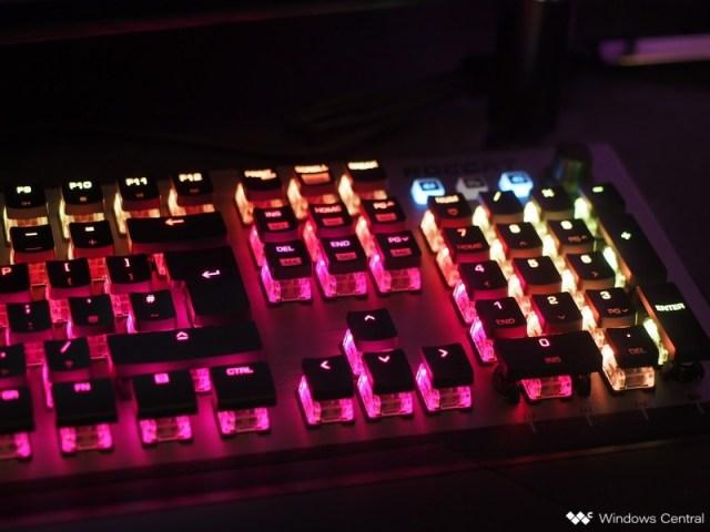 Roccat Aimo Vulcan 120 Keyboard Review
