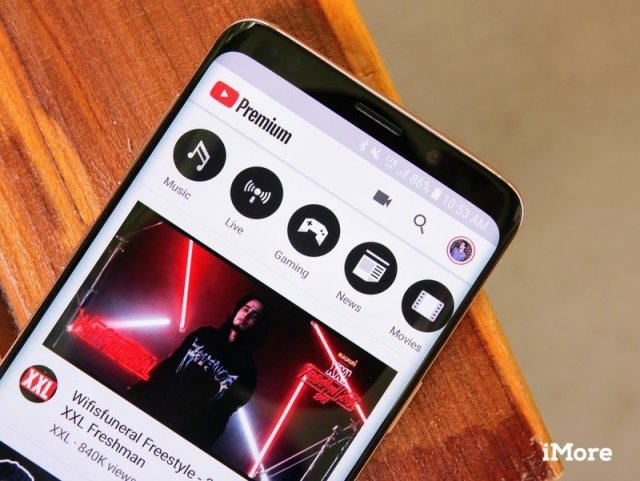 YouTube Premium on a Galaxy S9