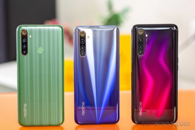 The rainbow of colors in the Realme 6 family