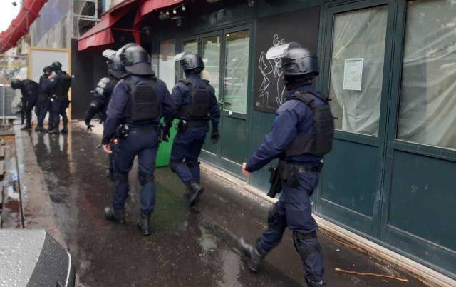 Un important dispositif policier a été déployé près des lieux de l'attaque. LP