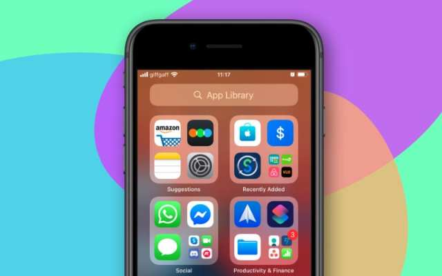 App Library on iPhone SE iOS 14