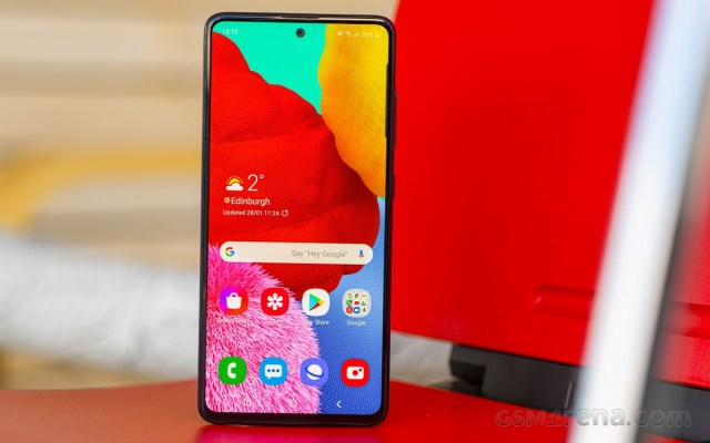 Amazon Prime Day offers discounts on Samsung, OnePlus, Huawei phones and accessories