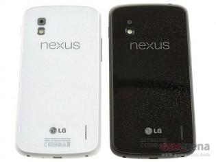 Nexus 4 in Black and in White