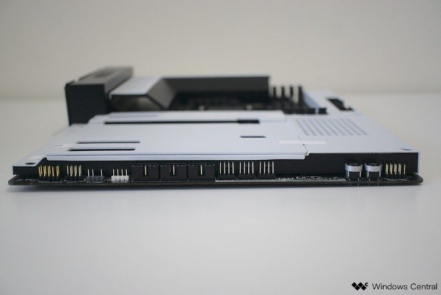 NZXT N7 Z490