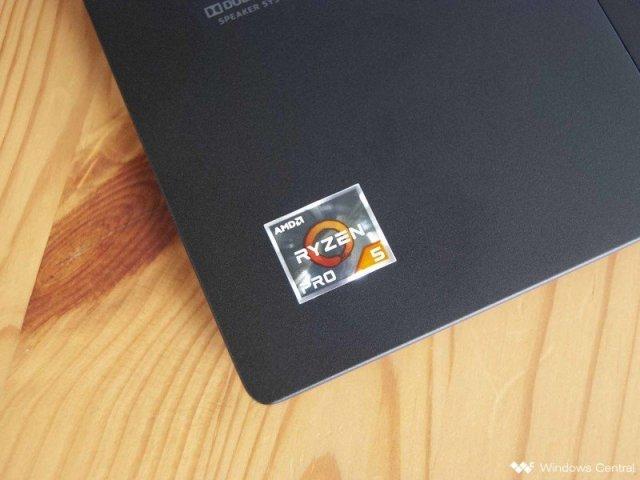 Lenovo ThinkPad X13 AMD