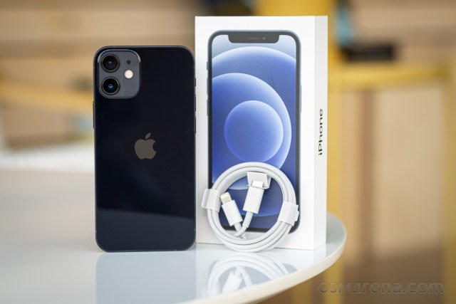 iPhone 12 mini in for review