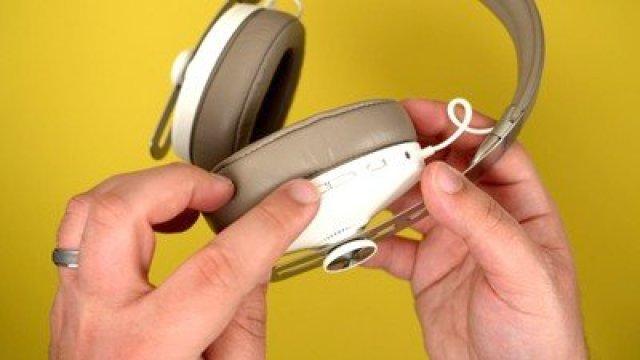 sennheiser headphones side