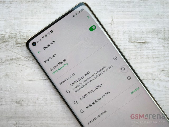Enco W51 paired with the Oppo Reno4 Pro