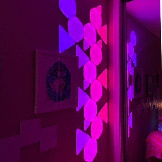 nanoleaf triangles purple