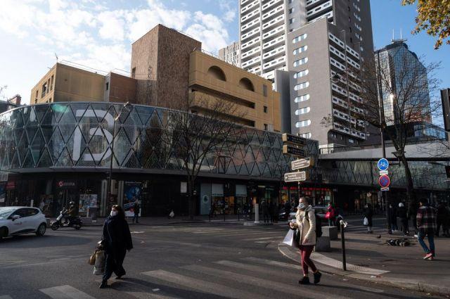 Le centre commercial Beaugrenelle dans le XVe arrondissement de Paris, en novembre 2020.