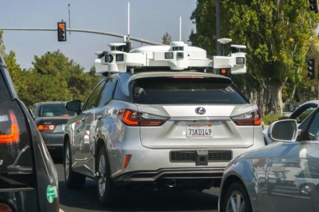 Early Apple autonomous driving tech testing vehiche