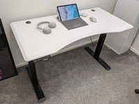 Review: The FlexiSpot E6 is a standing desk that knows when to stop