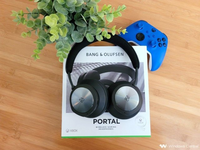 Beoplay Portal With Box And Controller