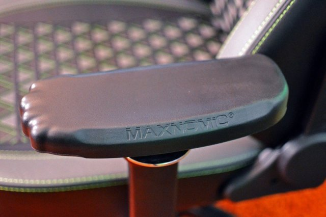 Maxnomic Xbox 2.0 Ofc Gaming Chair Seat Armrest