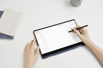 The Samsung Galaxy Book Pro360 has a touchscreen with S Pen support