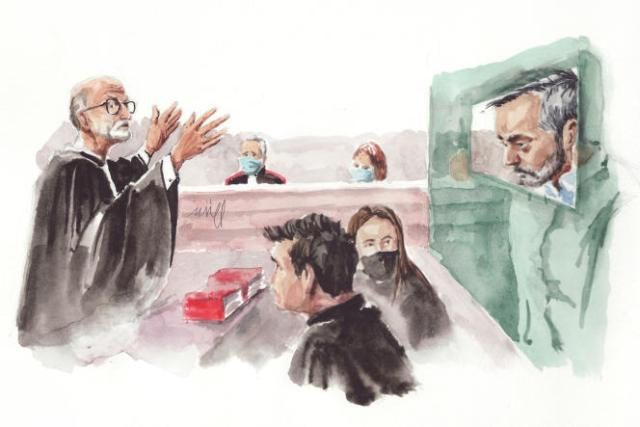 Au premier plan, de gauche à droite : Alain Jakubowicz,ses collaborateurs Mathieu Moutous et Valentine Pariat, Nordahl Lelandais.Au fond, le président François-Xavier Manteaux et l'avocate générale Thérèse Brunisso.