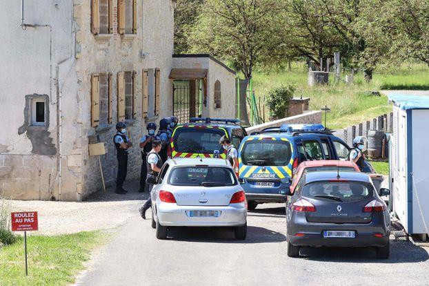 Le village du Lardin-Saint-Lazare est confiné depuis ce dimanche matin par les forces de l'ordre.