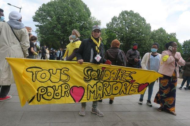 Ivry-sur-Seine, ce samedi 22 mai 2021. Les enfants de la maison de quartier ont réalisé cette banderole.